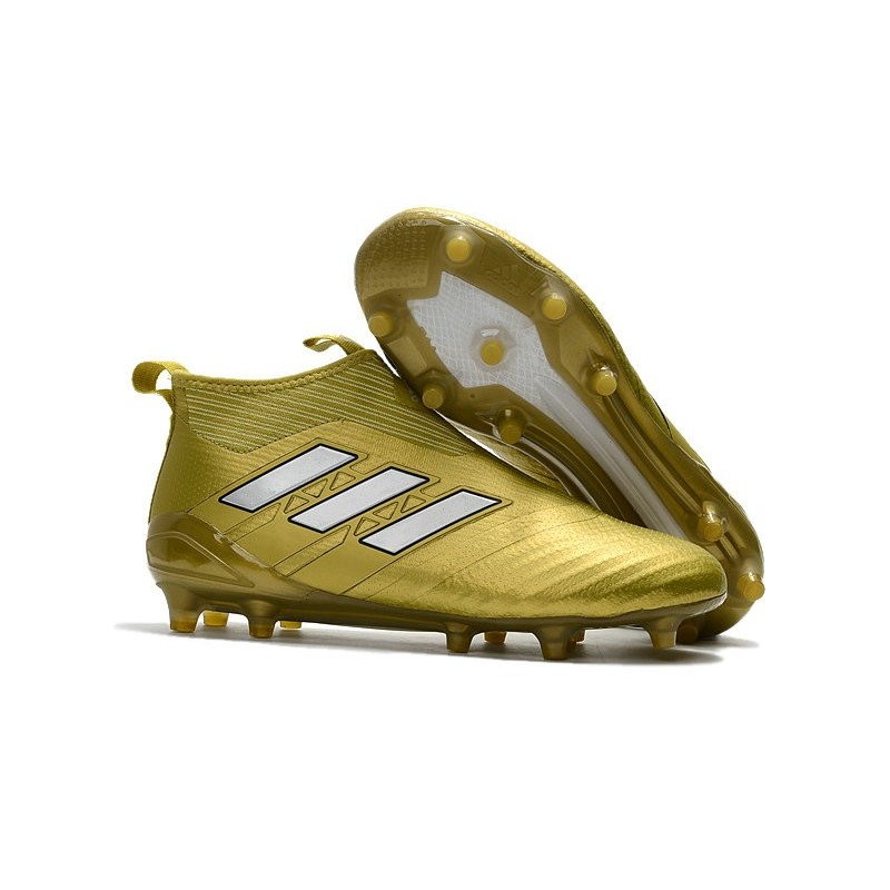 on sale 8075d 4246e Chaussures De Foot 2018 Adidas