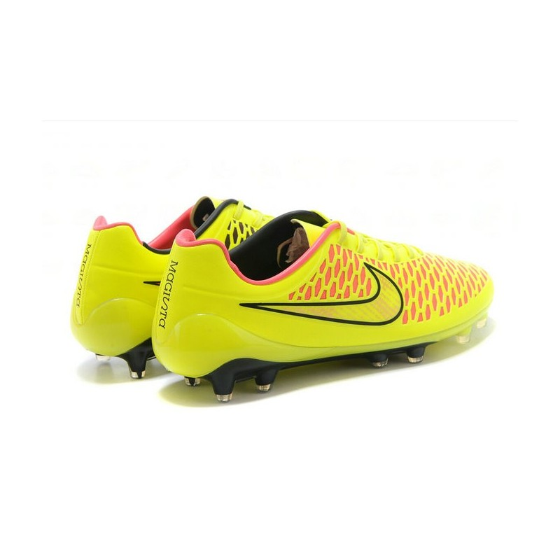 chaussure de foot pas cher nike magista opus fg acc jaune. Black Bedroom Furniture Sets. Home Design Ideas